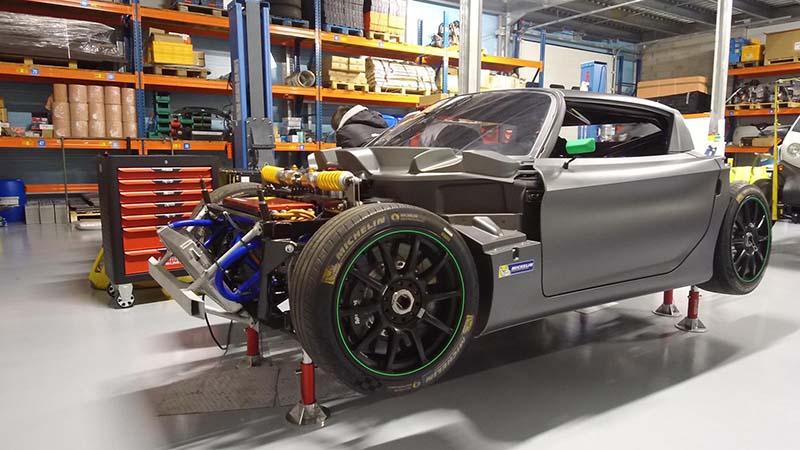 MTech Conception et développement de véhicule - Prototype dans un garage